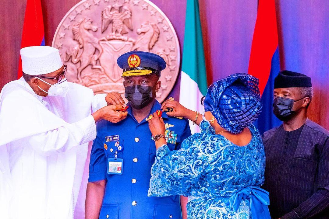 Photos: President Buhari decorates Newly appointed Service Chiefs
